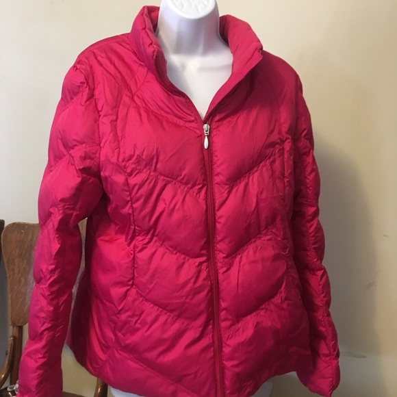 f9273fa60 Hot pink puffer coat
